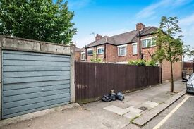 LARGE GARAGE TO RENT IN HARROW, HA3-5RA, VERY SAFE ROAD. ACCESS 24-7 ACCESS