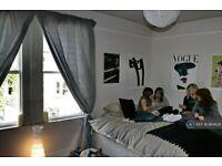 1 bedroom in Kensington Gardens, Bath, BA1 (#964628)