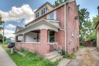 $1250 - 3BD/1.5 BATH STUNNING HOME LOCATED in WOODSTOCK
