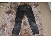 RICHA Quality Leather Motorcycle Trousers Size 34R