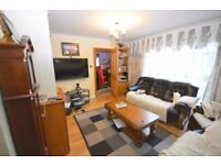 Spacious 3 bedroom furnished Terrace house to rent in Chigwell, Dss welcome with Guarantor