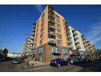 stunning newly built 2 bedroom apartment only a short walk from canning town station E16.