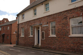 1 bedroom flat, within York City Walls with Parking.