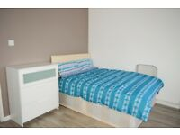 MOVE IN TODAY? £550.00 PCM - DOUBLE ROOMS AVAILABLE IN 5 BED FLATSHARE E3!!!