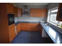 Spacious 3 Bedroom House with Garage in Dagenham - Dss Welcome