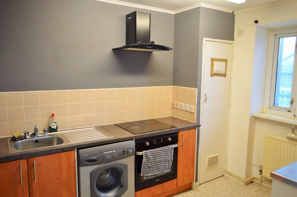 STUNNING SPACIOUS 2 BED FLAT TO RENT NEAR VICTORIA PARK E3 - £1,450.00 PCM
