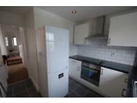 3 bedroom flat in Sunny Gardens Road, Hendon, NW4