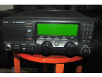 ICOM IC M700 PRO plus AT 130 Antenna Tuner