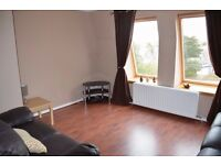 2 Double Bedroom Furnished Flat with Garage in City Centre