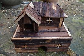 Hamster, gerbil, mouse house / log cabin