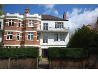 To Let: Very large 2 Bedroom flat in a period mansion block, close to Turnham Green Tube (Zone 2)