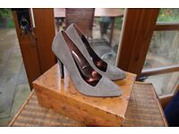 Women's Grey Suede Shoe Stunning
