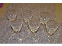 Lovely set of 6 wine glasses