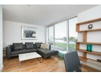 2 bedroom flat in New Capital Quay, Beacon Point, Greenwich SE10