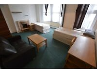 double room in wood green - furnished - £720 per month