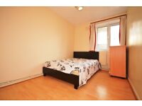 ** SPACIOUS DOUBLE BEDROOM TO LET IN POPLAR **