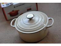 Le Creuset Cast Iron Casserole Dish 24cm, Matt Black/Licorice or Almond/Cream - Brand New, Boxed