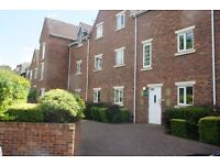 2 Bedroom ground floor apartment Solihull with parking