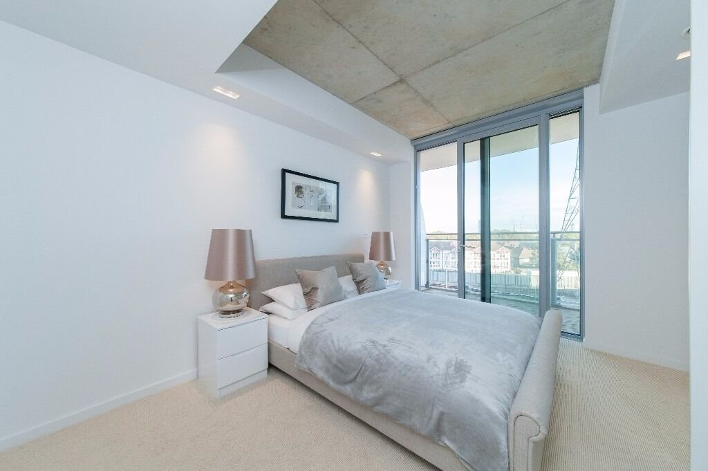 - Brand new 2bed 2beth apartment in Royal Victoria E16 -Hoola available for rent NOW!