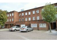 AVAILABLE NOW - FIVE BEDROOM TOWNHOUSE FOR RENT IN POPLAR E14