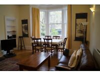 Large family holiday let / short term flat. Central Edinburgh. Wifi. Fully equipped. Near University
