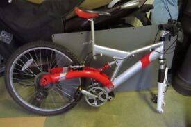 """Apollo 26"""" Mens Mountain Bike Aluminium 24 Speed Bicycle Cycling Suspension Red"""