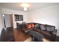 Stunning newly refurbished 3 bed apartment 5 minutes from Angel & Kings Cross International.