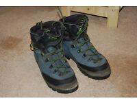 Men's Winter Walking Boots
