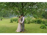 PROFESSIONAL WEDDING PHOTOGRAPHY £299 (WEDDING PHOTOGRAPHER/VIDEO)
