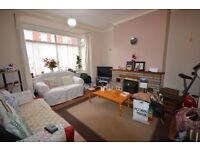 TWO ROOMS TO LET AT 5 GARTHWAITE AVENUE, OLDHAM SUPERB LOFT AREA AND A LARGE DOUBLE BEDROOM