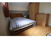 DOUBLE ROOM IN FRIENDLY QUALITY HOUSESHARE WOOLSTON/SHOLING*ALL BILLS*CLEANER*ORP* FIBRE BROADBAND