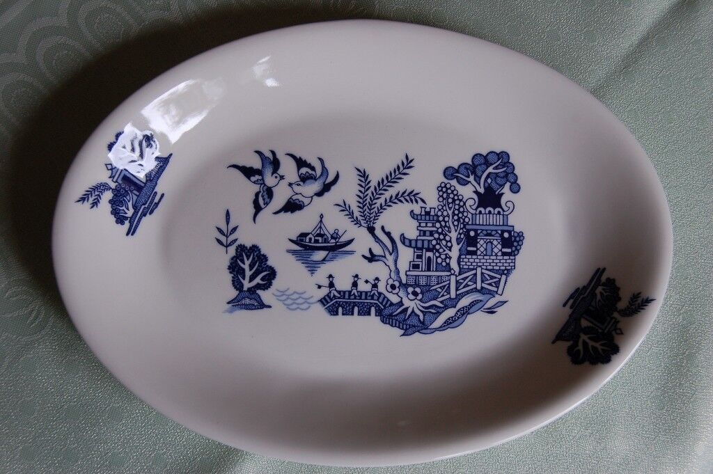 Poole 'Arabian Nights', Floral Scallop dish, 'Lakestone' Saucers, as New, & 'Cameo' Serving Plate,