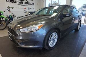2016 Ford Focus SE- LOW KM!!