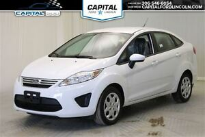2013 Ford Fiesta SE **New Arrival**