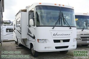 2006 Four Winds Hurricane 30 Motorhome