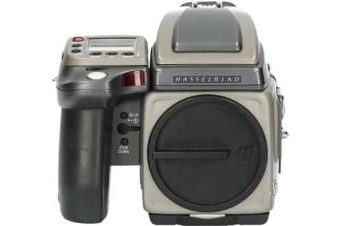 Tweedehands Hasselblad H2 Body + Phase one P30+ SN CM7716 -