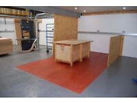 Rent a bench space in our fully equipped workshop - make your project here!