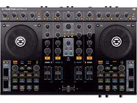 Traktor S4 DJ Controller
