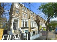 Spacious 2 bed flat with private courtyard and communal garden in Camberwell SE5 (Pets Considered)