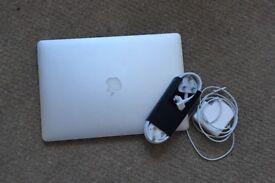 MacBook Pro 15 inch, i7 2.4 GHZ, 16GB RAM. RETINA DISPLAY.