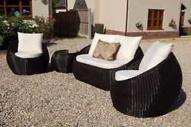 Dark Brown Rattan Sofa 2 x 1 Seater / 1 x 2 Seater / Coffee Table RRP £1195 Grab a Bargain