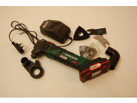 Parkside Cordless Multi-Purpose Tool 20V 2Ah Batterie and Charger