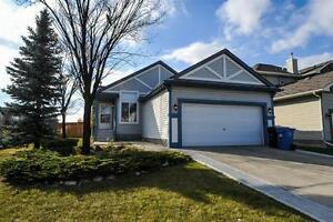 374 Somerset Drive SW - 4 Bedroom House for Rent