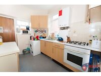 AVAILABLE SEP 2017 | 3 BED STUDENT FLAT TO LET HEATON | REF: RNE00710