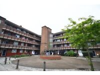 LARGE 3 BED FLAT IN MILE END