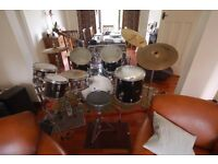 Pearl shell drum kit - Bass plus 3 toms 1/2/3, and also 2 small toms with metal stand