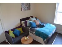 STUDIO APARTMENT TO LET,CLOSE TO HOSPITAL AND NEWCASTLE TOWN CENTRE