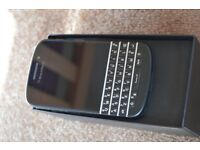 BlackBerry Q10 - Mint Condition - o2 / GiffGaff / Tesco Network