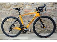 2016 SPECIALIZED ROUBAIX PRO DISC Di2 CARBON ROAD RACING BIKE. CARBON WHEELS. GREAT ORDER. WAS £5100