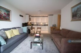 2 bedroom flat in The Sphere, London, E16 (2 bed) (#1033508)